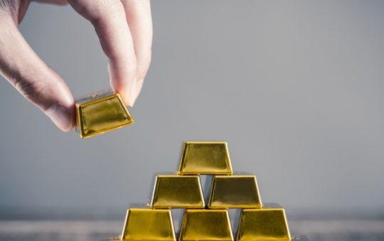 7 Tempat Investasi Emas Online yang Aman & Terpercaya