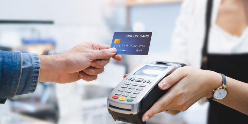 Aktif Melakukan Transaksi Menggunakan Kartu Kredit