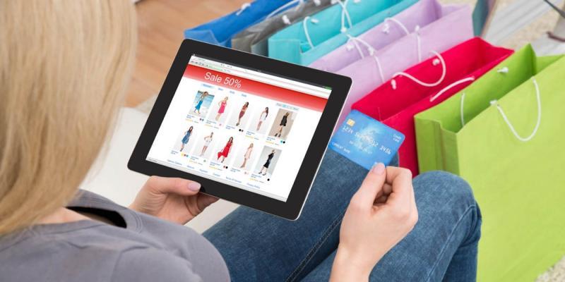 Tidak Menyimpan Informasi Kartu Kredit di Toko Online